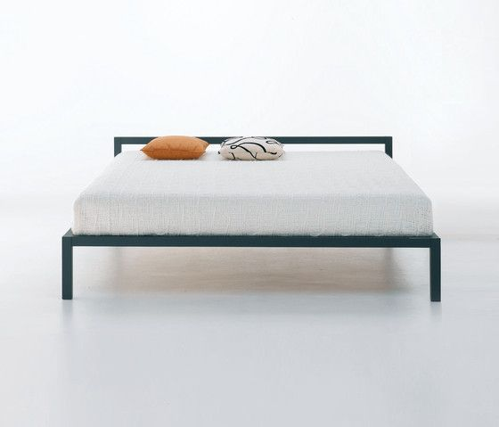Sensational Aluminium Bed Laccato Mdf Italia Betten Minimalist Bed Creativecarmelina Interior Chair Design Creativecarmelinacom