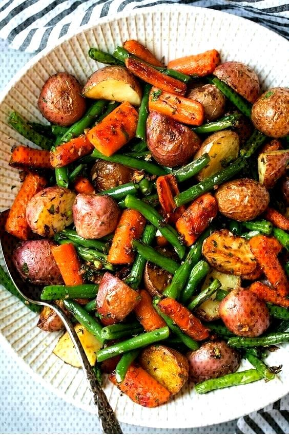 Roasted Vegetables With Garlic And Herbs#garlic