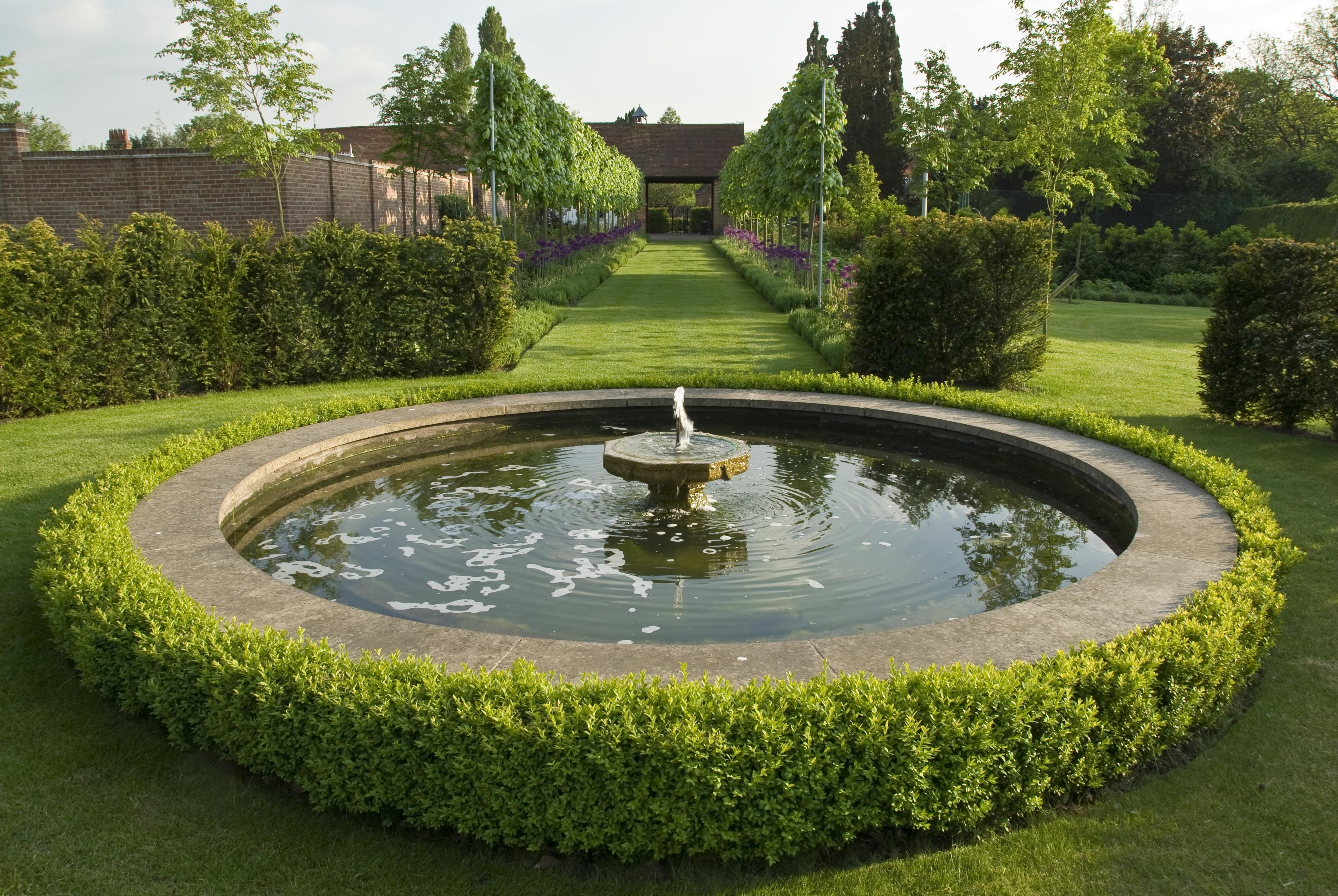 Acres Wild Landscape And Garden Design / Millwater Hampshire Garden, Surrey
