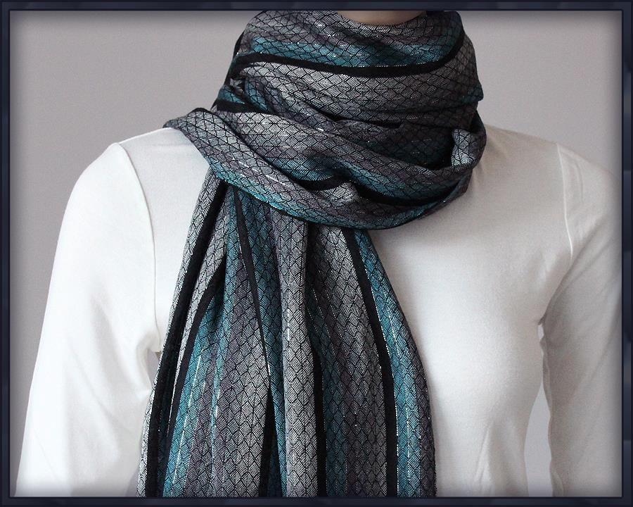 Piekny Delikatny Szal Srebrna Nitka Paski Chusta 7058784526 Oficjalne Archiwum Allegro Fashion Crochet Scarf Winter Scarf