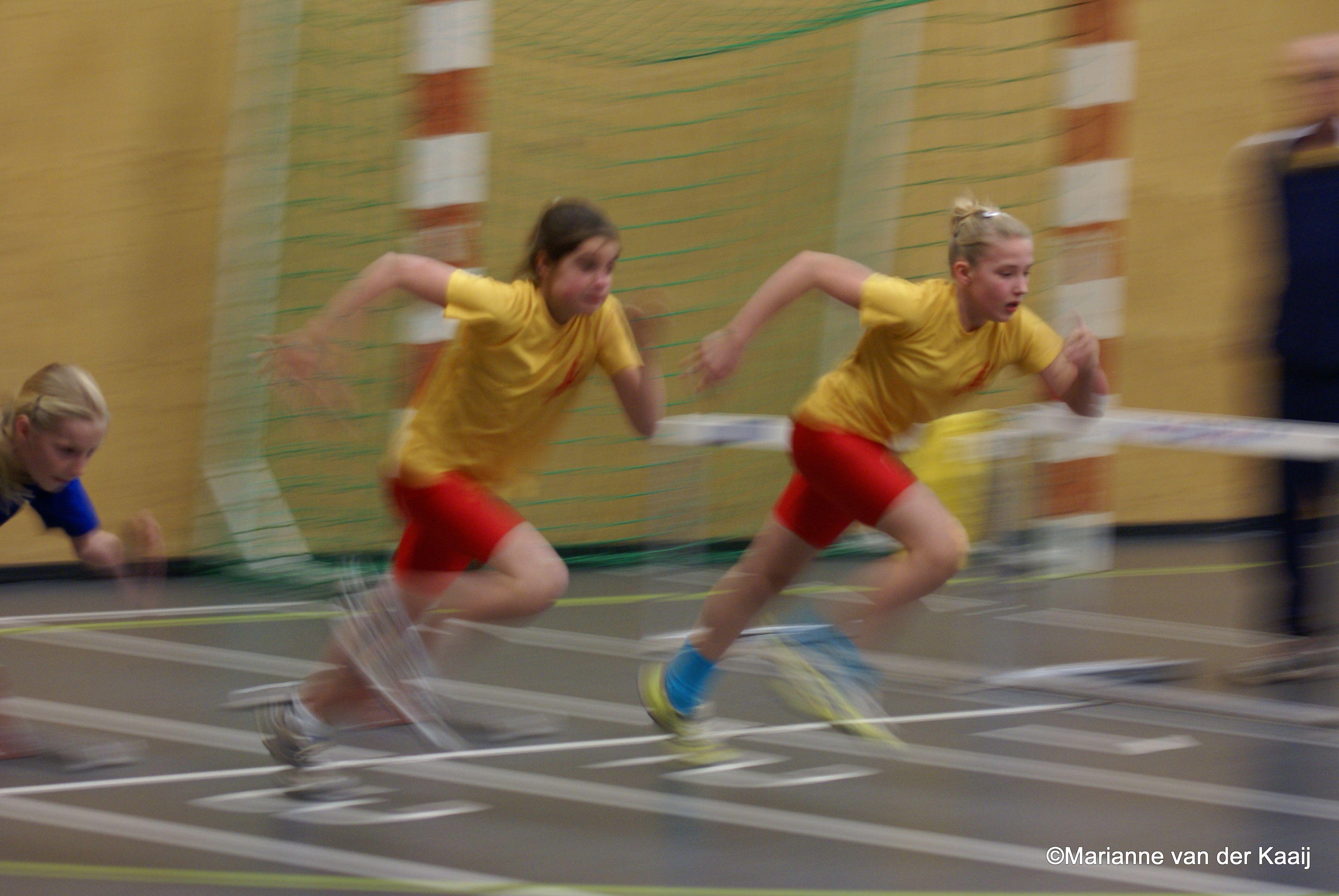 Janna En Lara Start 4 Atletiek