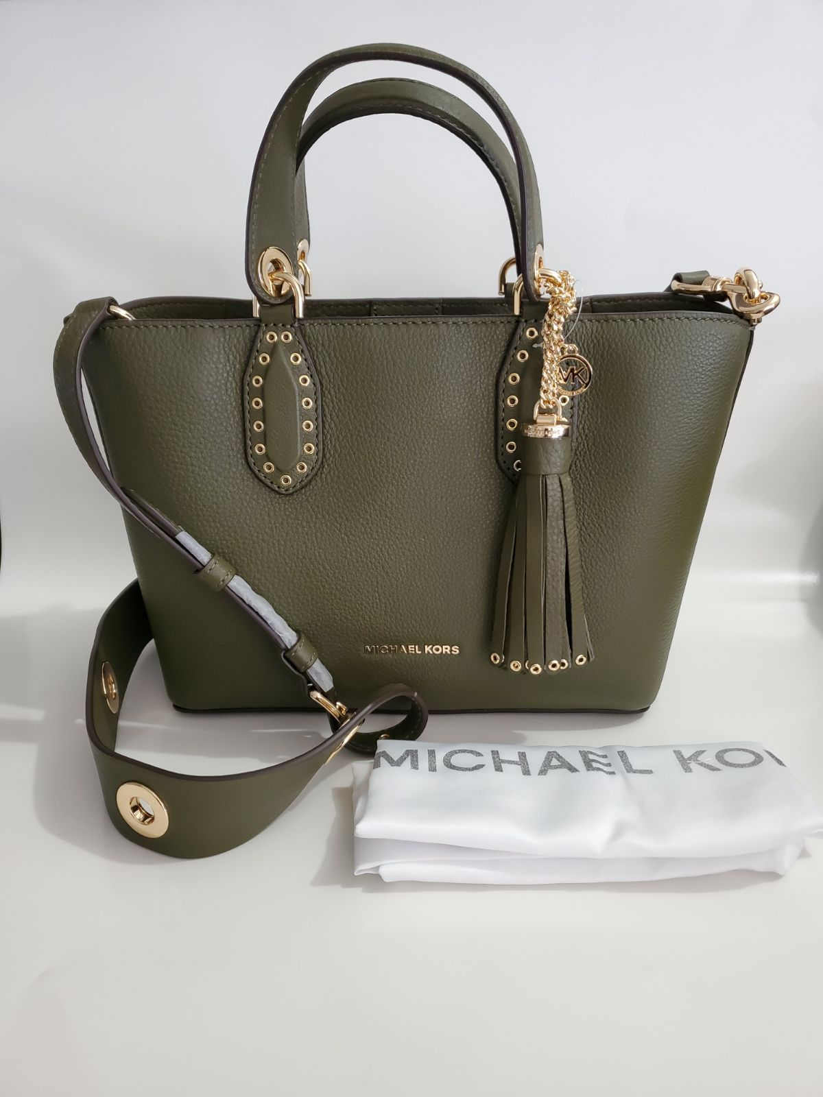 Nwt Michael Kors Brooklyn Small Satchel Wallet Wallet Is Convertible Crossbody Or Wallet Butterfly Em Michael Kors Shoulder Bag Michael Kors Purse Wallet