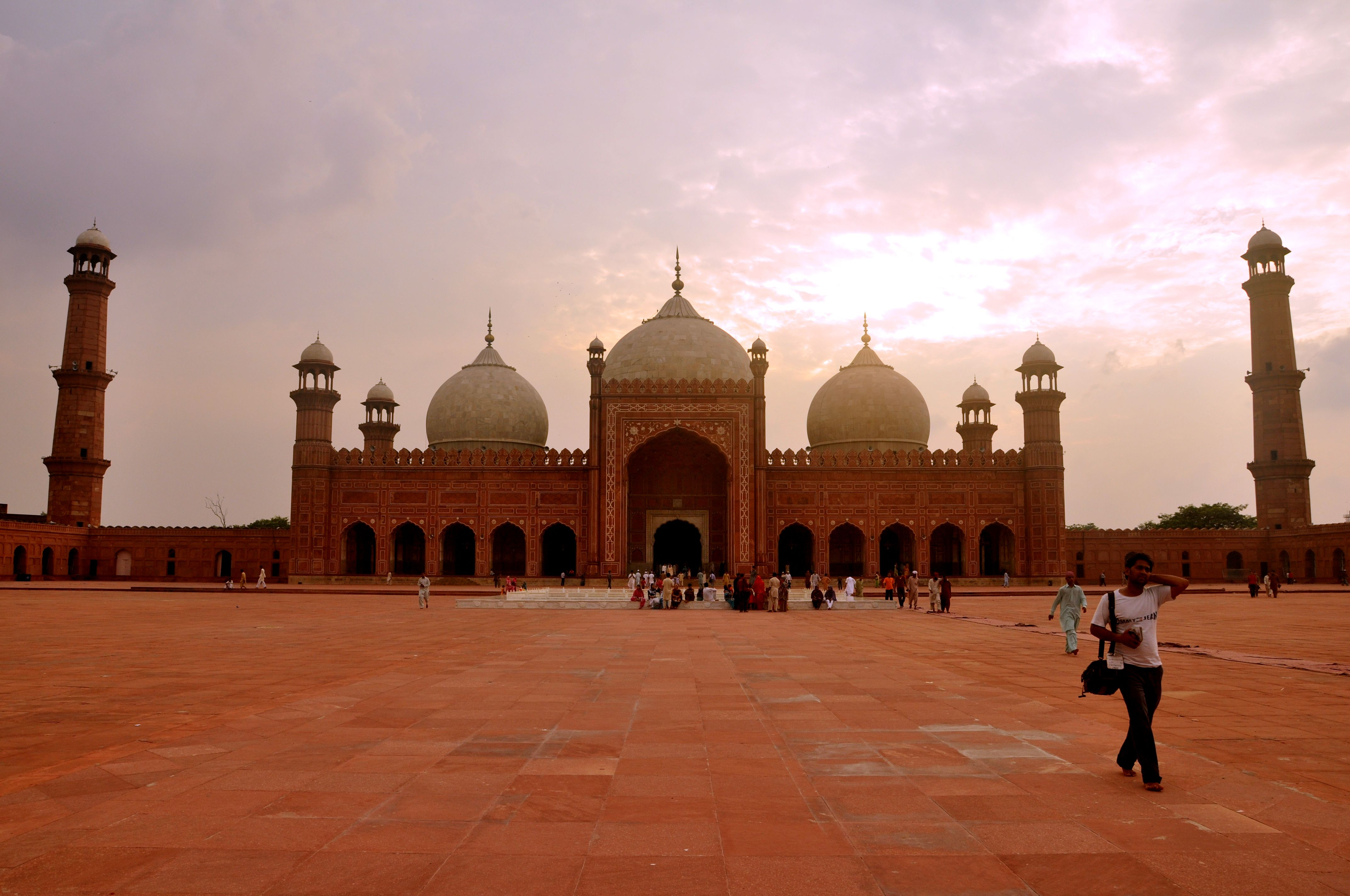 Beautiful Mosque Pictures In The World Hd Wallpapers Beautiful Mosques Mosque Pictures
