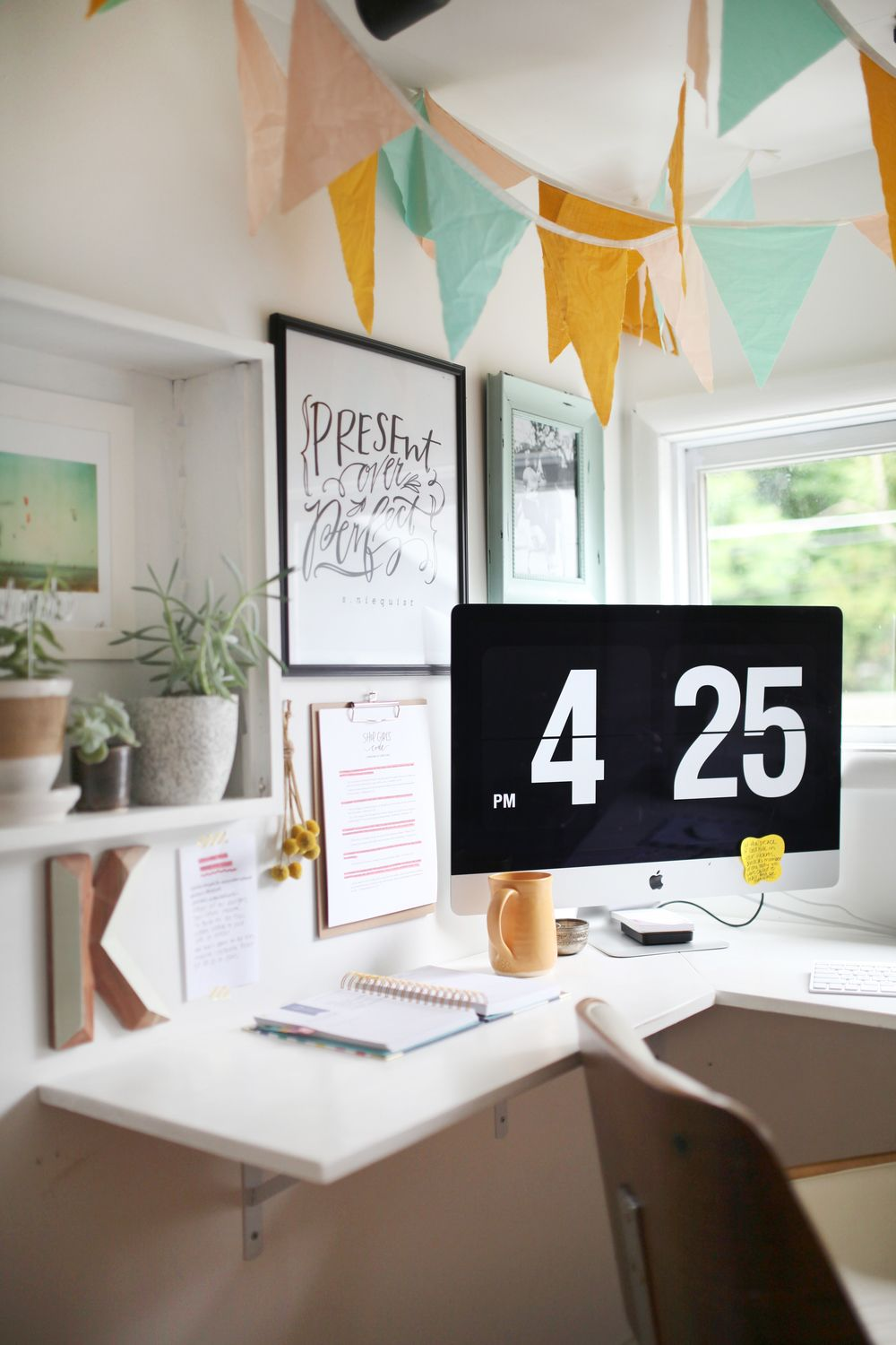 VALERIE KEINSLEY HOME OFFICE TOUR | Office plants, Interior office ...