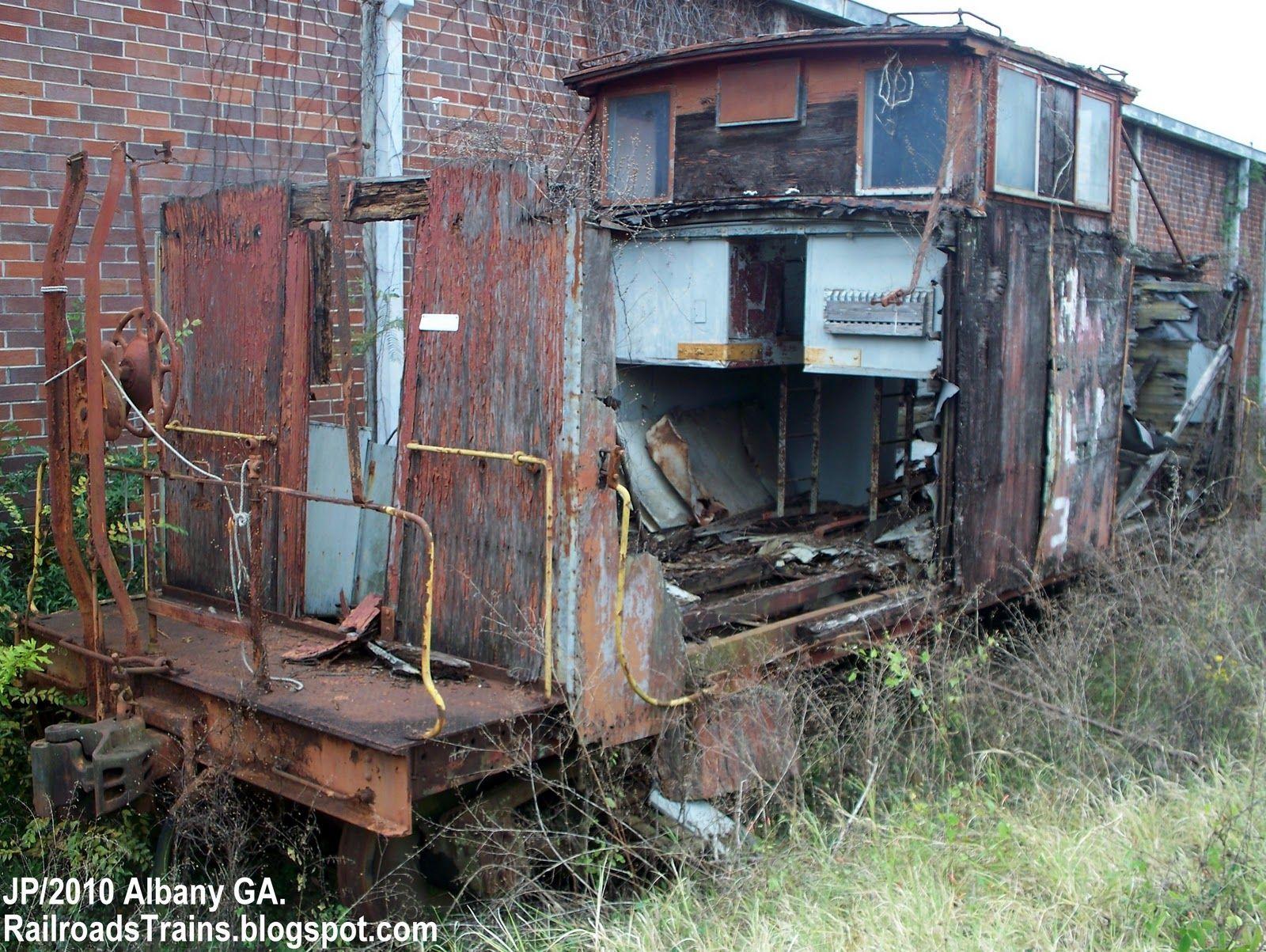 Rough+caboose+in+Albany+GA.+on+Georgia++Florida+Railway+track+siding.jpg (1600×1203)
