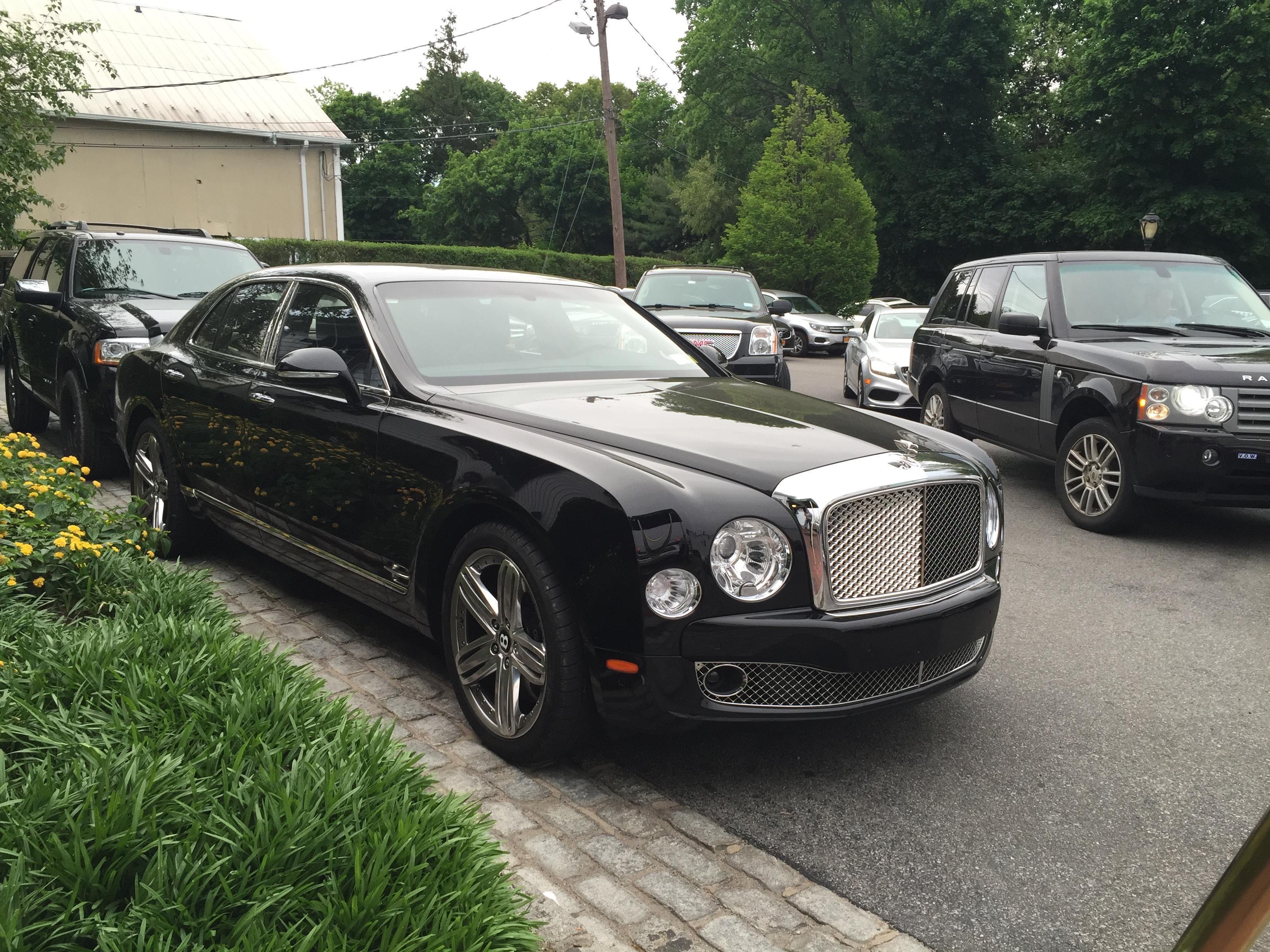 Bentley Mulsanne Roslyn NY #carspotting #cars #car #carporn #supercar #carspotter #supercars