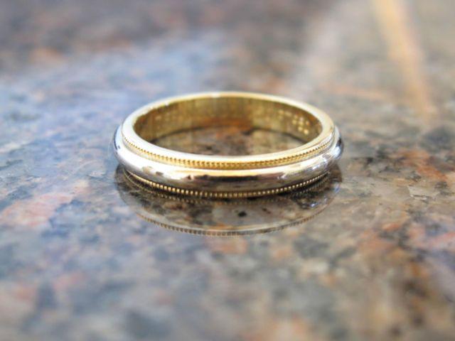 TIFFANY Platinum 18K Gold 3mm Milgrain Wedding Band Ring Dream
