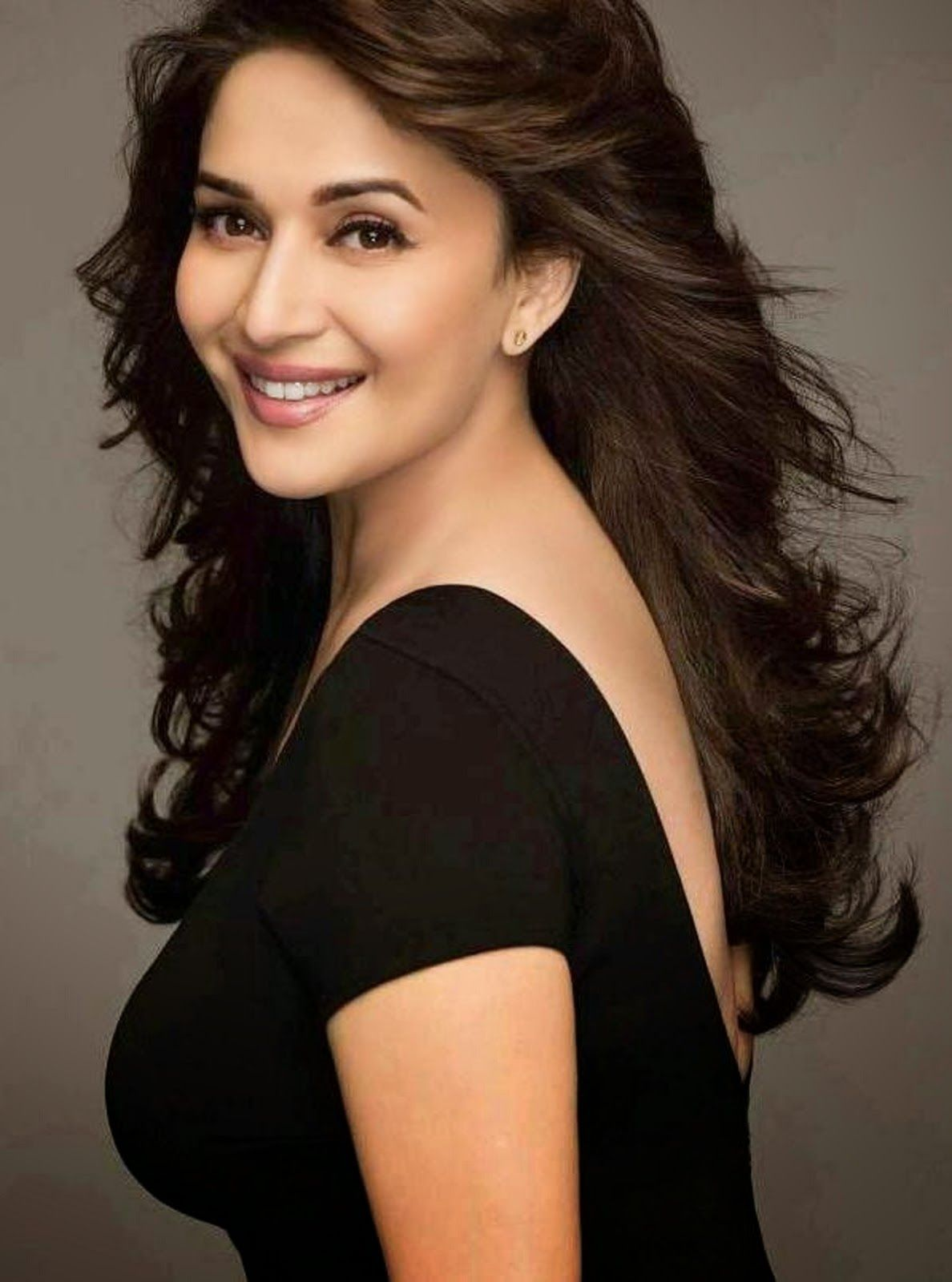 Wallpaper download madhuri dixit - Beautiful Madhuri Dixit Hd Wallpaper Madhuri Dixit Bollywood