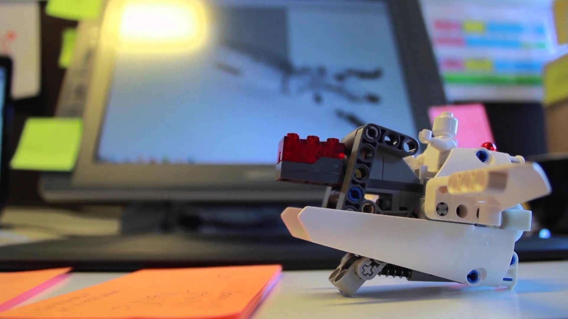 IKO, la prótesis de Lego para niños a los que les falta alguna extremidad. #eSalud #eHealth #innovacion #video