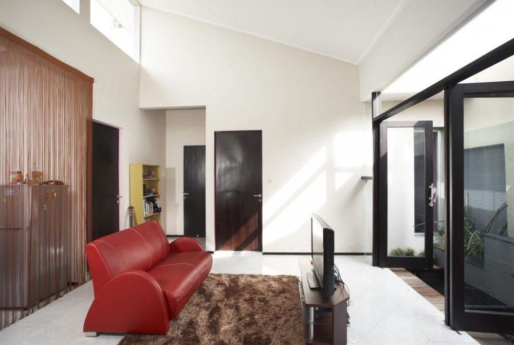 Casa Código de Barra Vertical,© Sonny Sandjaya