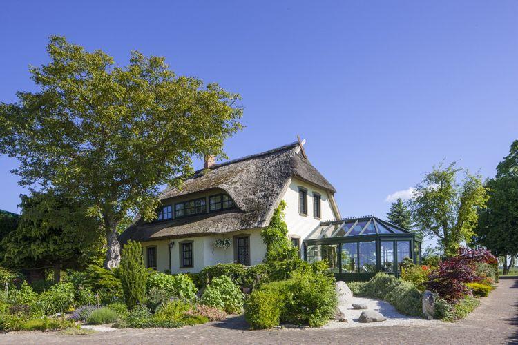 Masson wintergarten ~ Einfamilienhaus mit reetdach und wintergarten dream house