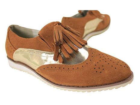 Since I prefer slip-on, I fell in love with this brogue style