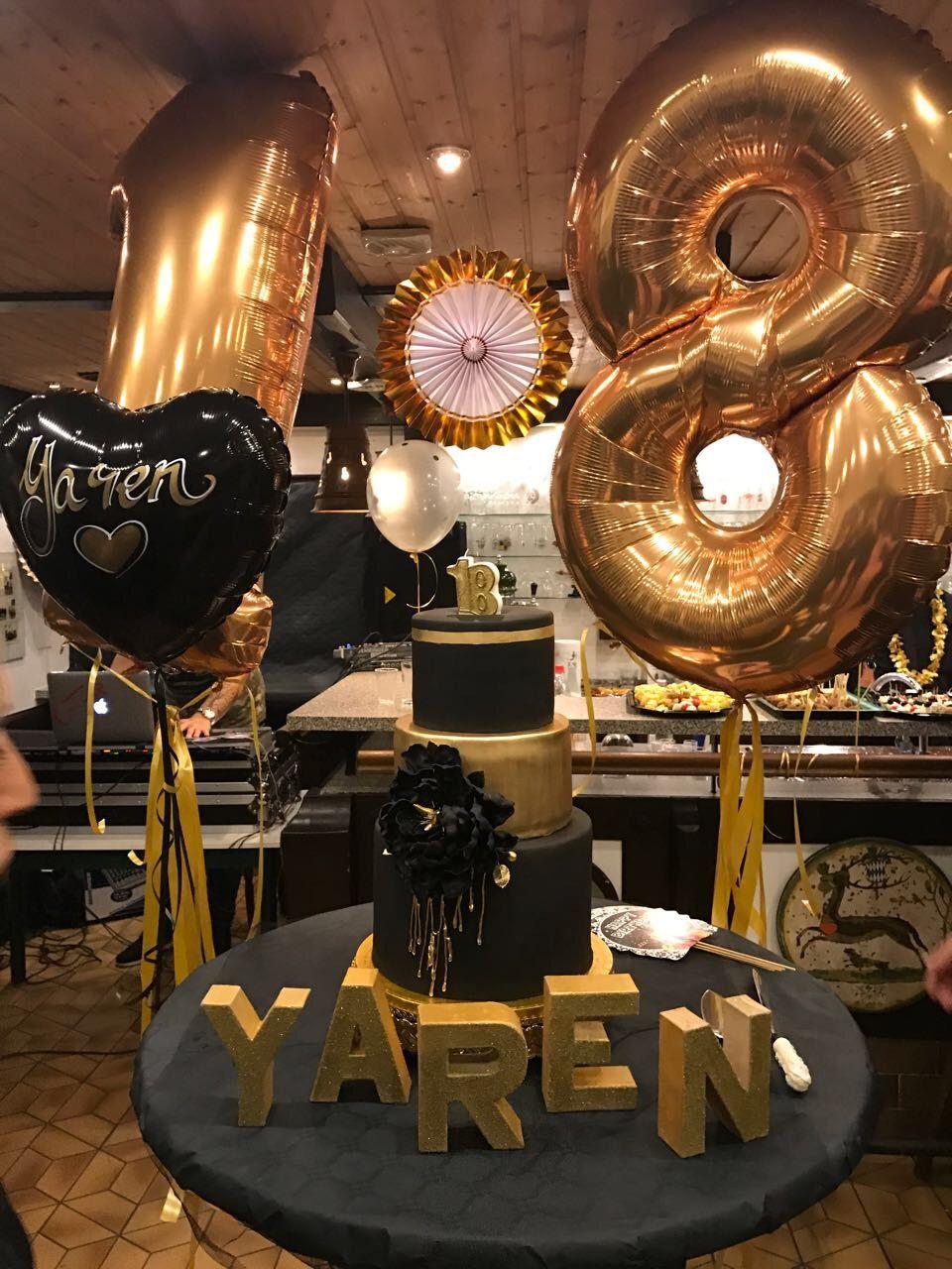 18 Birthday Girl Boy Black Gold Blackandgold Blackgold Love Passion Family Celebrate 18birthdaycake 18birthday Balloons Balloonart