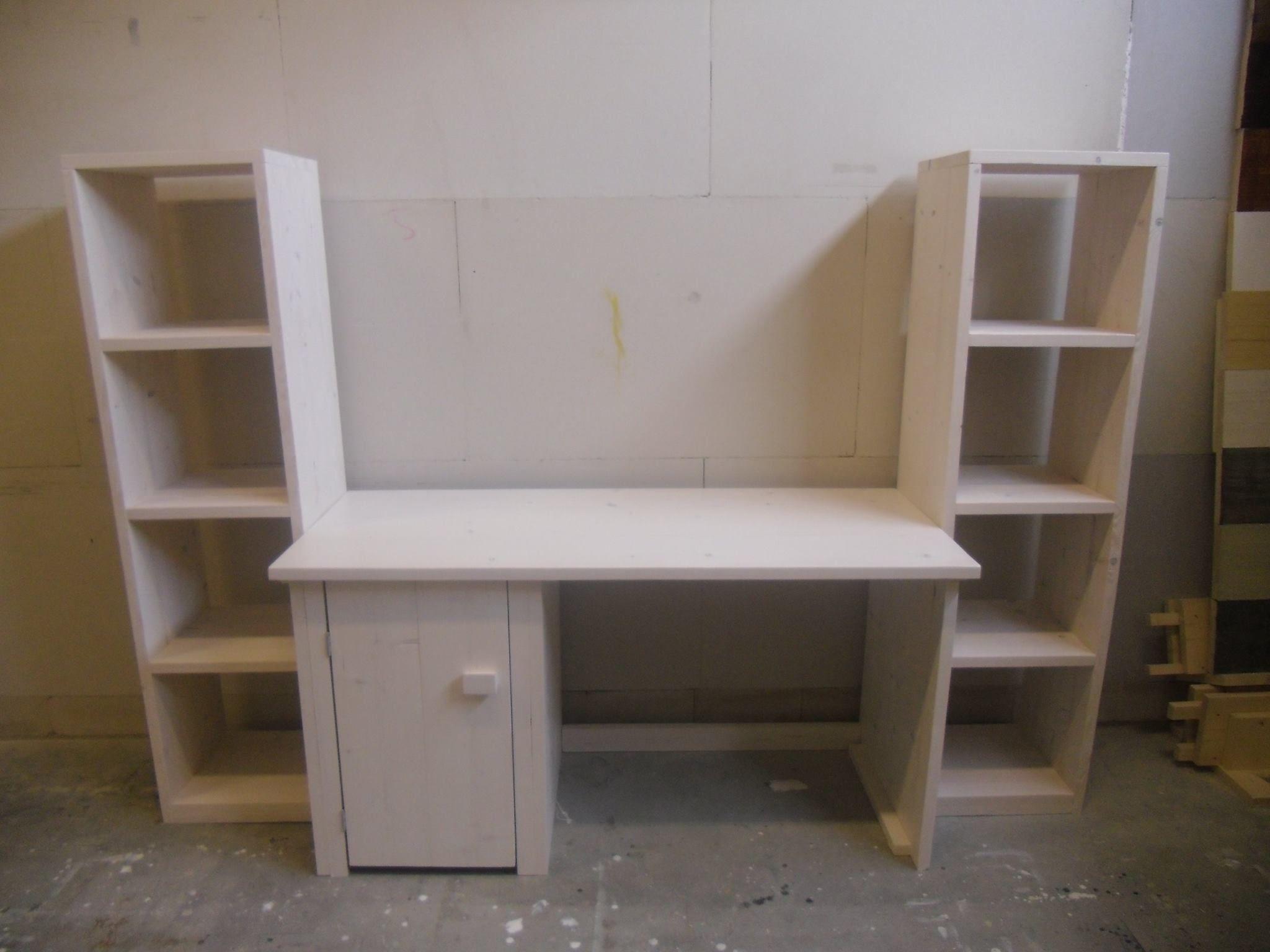 Zon6 steigerhout bureau met kast en boekenplank 6 kast met