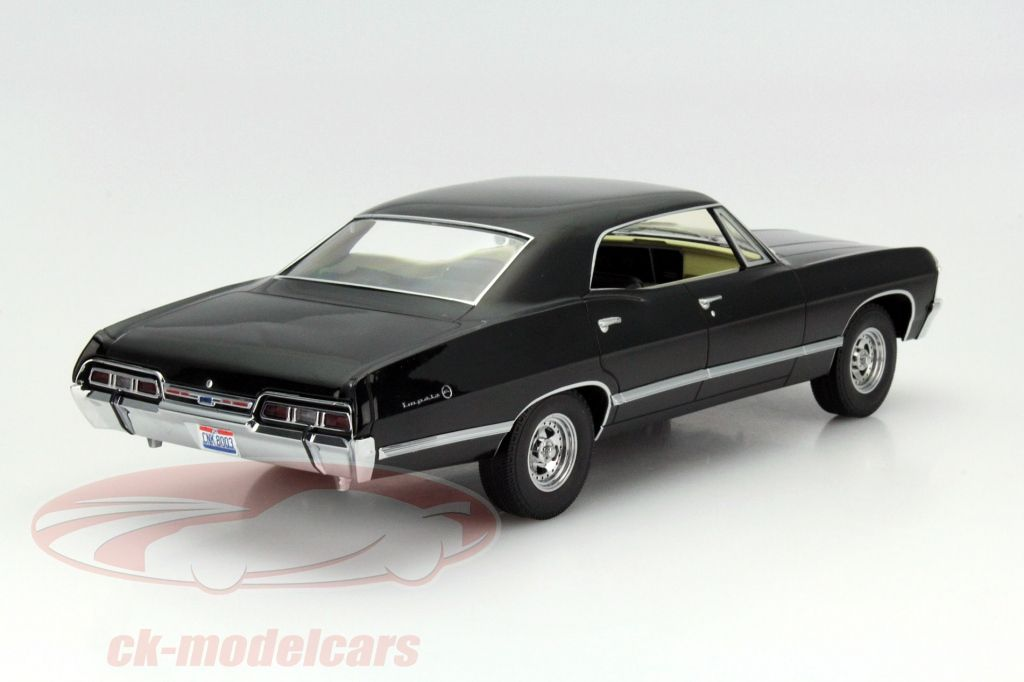 CK-Modelcars - 19014: Chevrolet Impala Sport Sedan with Ohio plate Supernatural 2005 1:18 Greenlight, EAN 812982021054