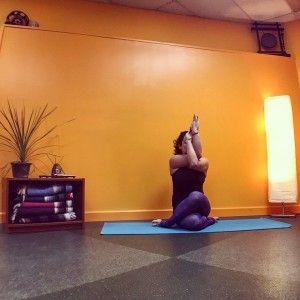 5 mustdo yoga poses for desk jockeys  how to do yoga