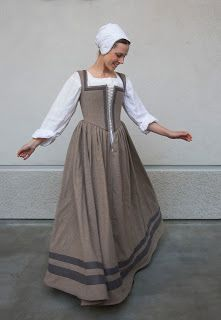 WastedWeeds~: Beige-Brown Kirtle with Grey Guards | RenFest