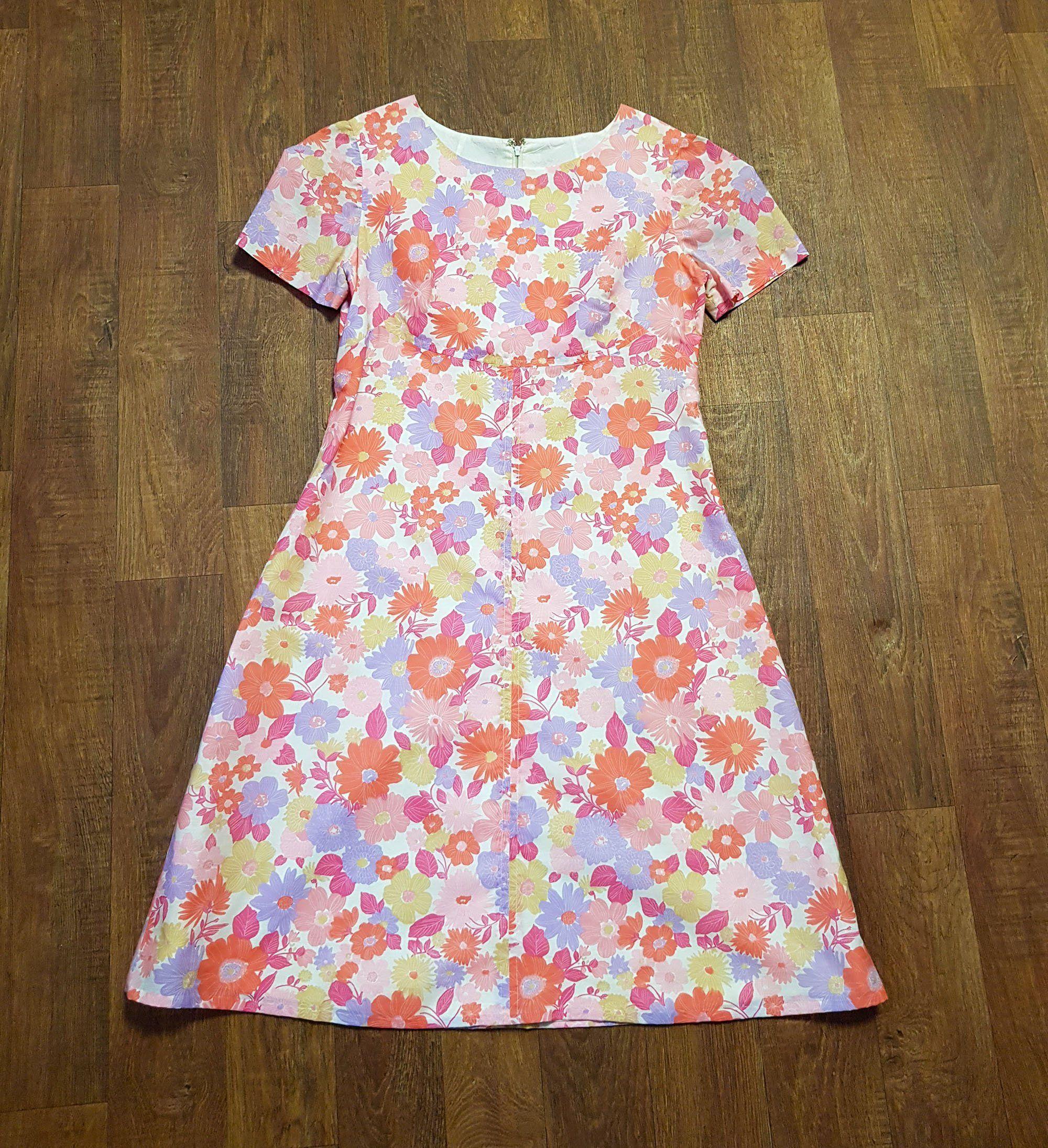 1960s Vintage Pastel Floral Shift Dress Uk Size 16 Vintage Dresses Vintage Shift Dress Floral Shift Dress 1960s Shift Dress [ 2190 x 2000 Pixel ]
