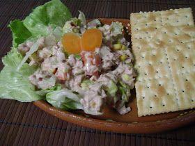 La Cocina de Leslie: Ensalada de Atun {Tuna Salad}