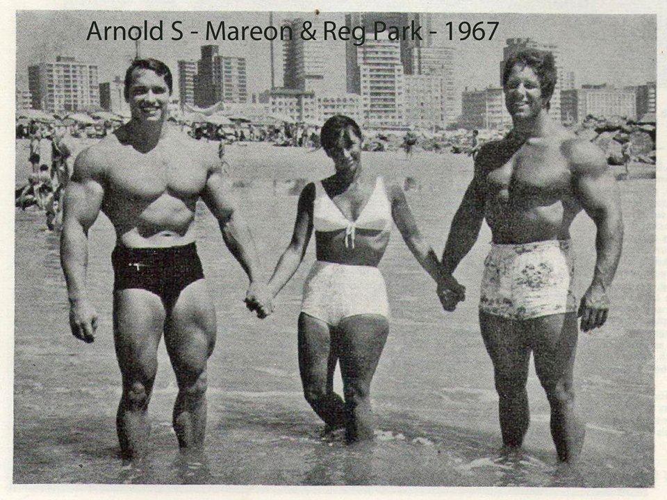 ¿Cuánto mide Arnold Schwarzenegger? - Altura - Real height - Página 2 Ab7adbbf656b0d0e4eb89068deff6c94