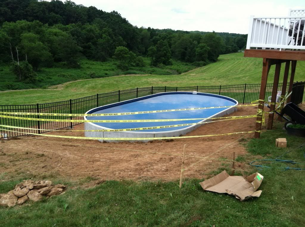 how to level ground for pool on slope