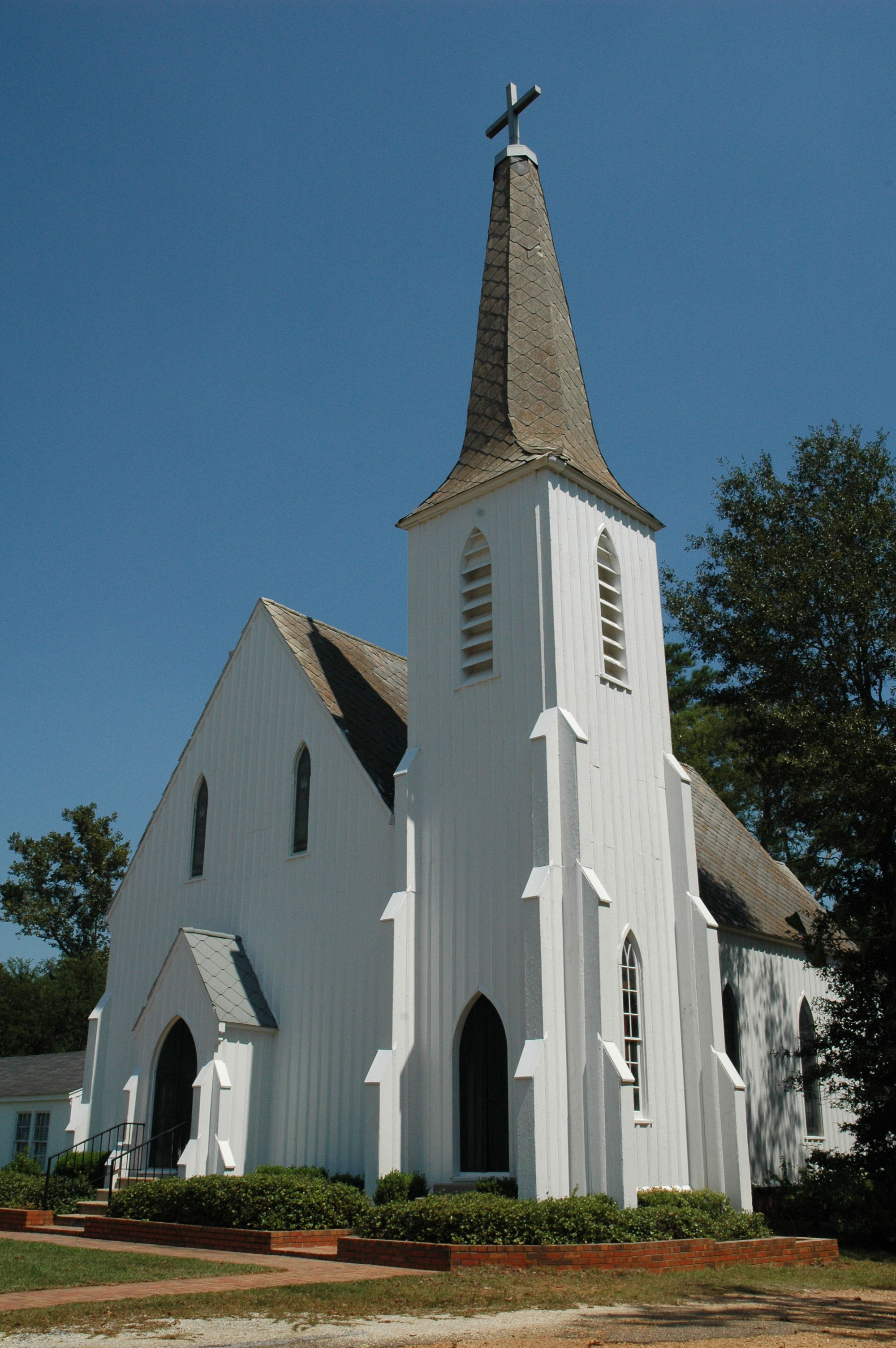 Lowndesboro church