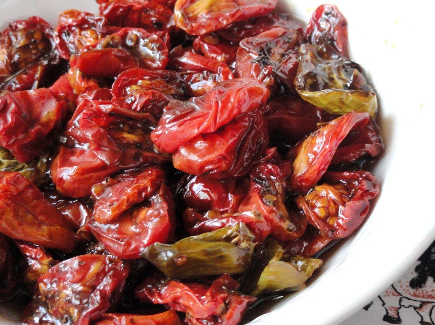 Tomate-Cereja e Pimenta-Cambuci Assados no Vinagre Balsâmico (vegan)