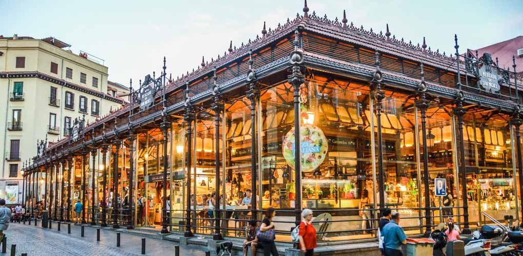 Mercado De San Miguel Mercados Tradicionales Con Sabor Por Soleá Plaza De San Miguel Mercado Madrid Plaza Mayor De Madrid