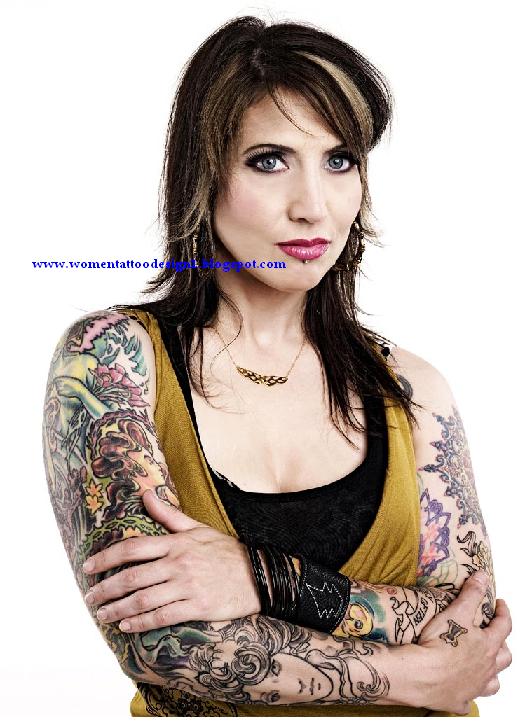 women tattoo artist