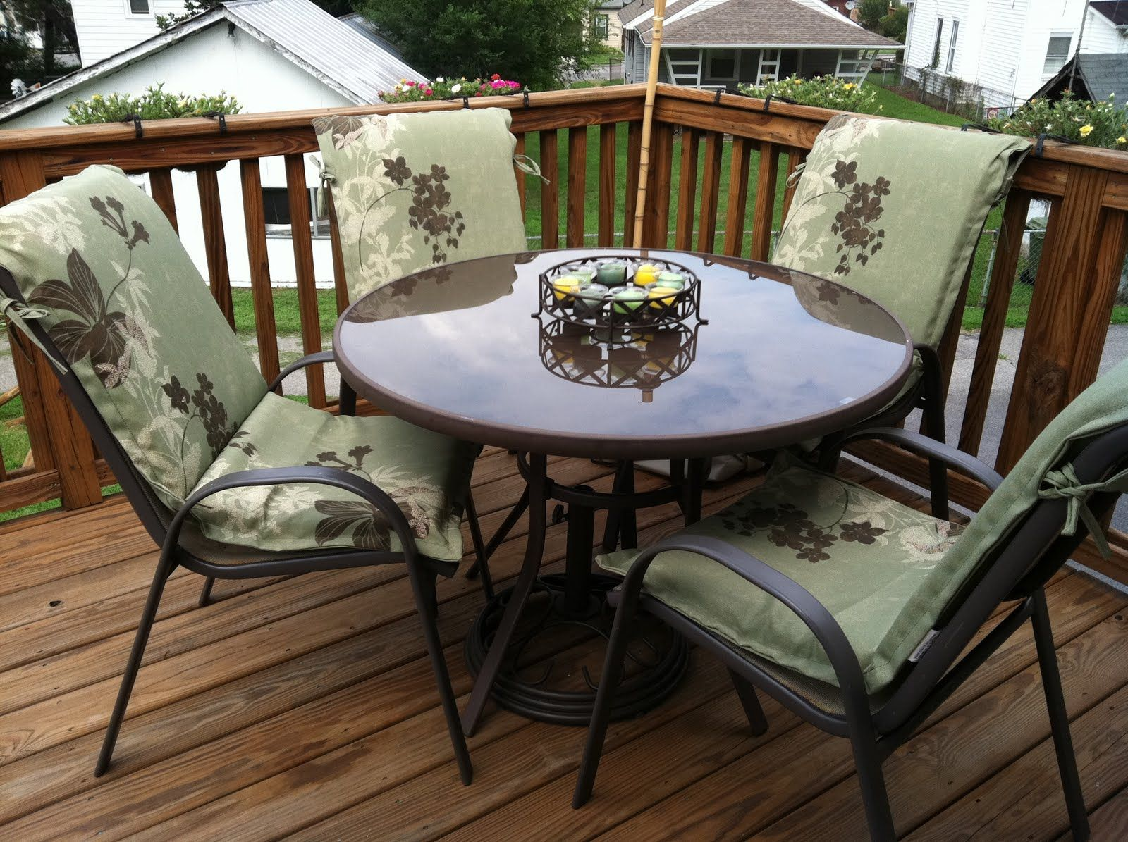 inexpensive outdoor rooms