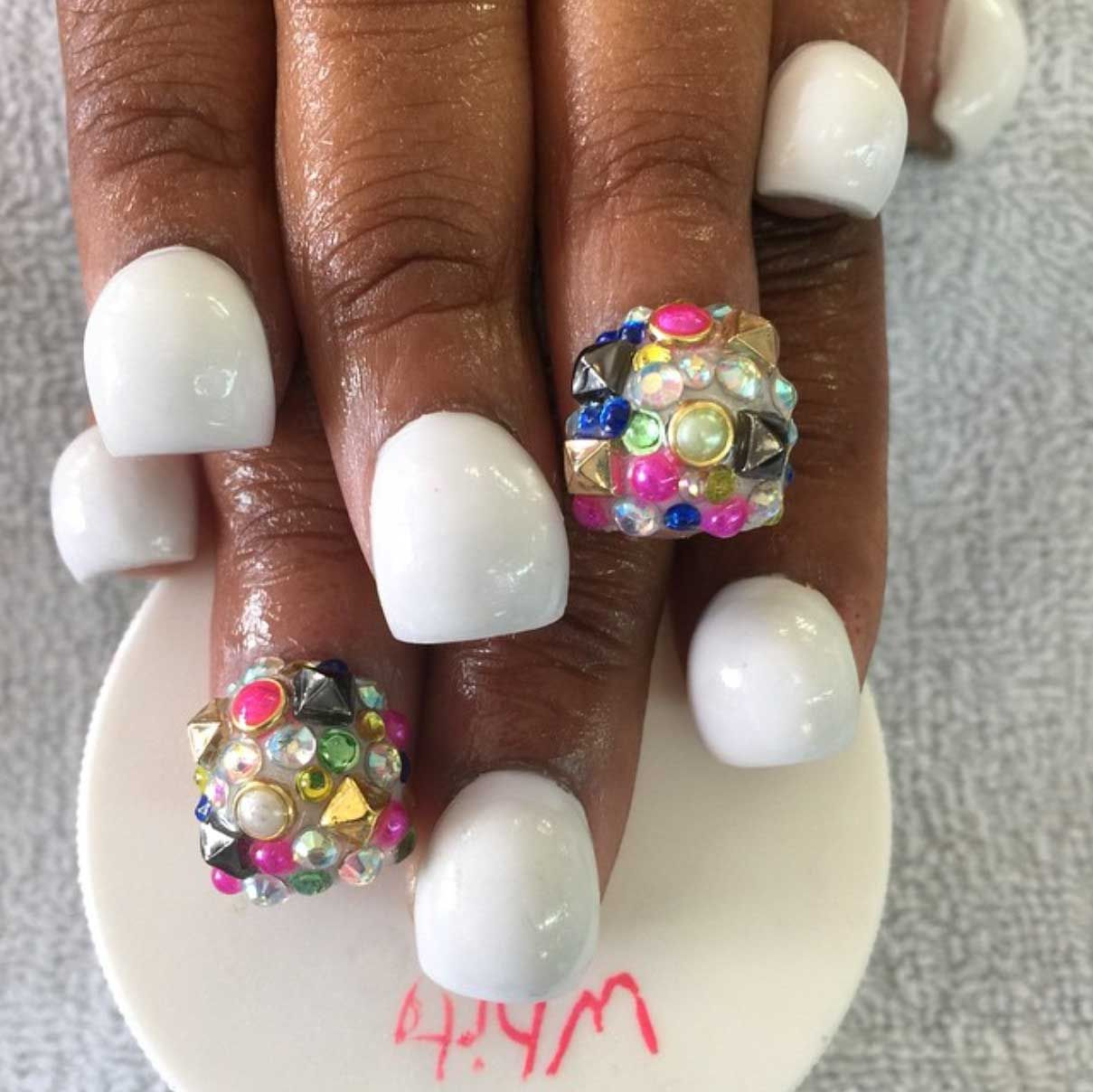 The Crazy New Nail Shape Everyone Is Obsessed With | Pinterest ...
