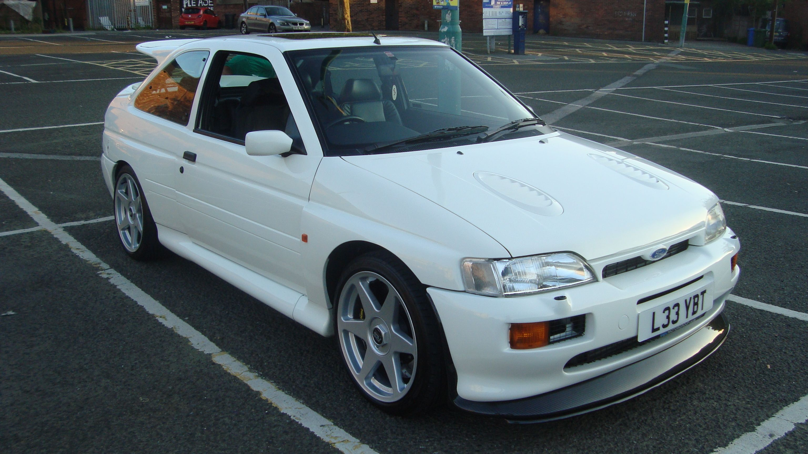 Pin On Ford Escort Rs Cosworth Pictures