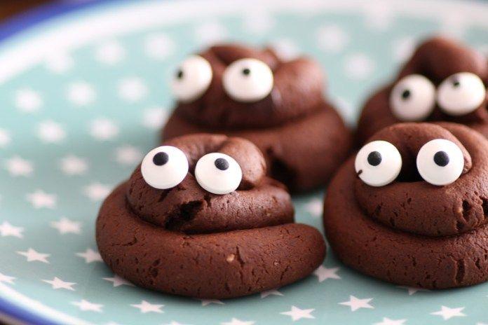 Halloween Kekse Kackhaufen - Kekse in Häufchen Form für Halloween #halloweenkekse