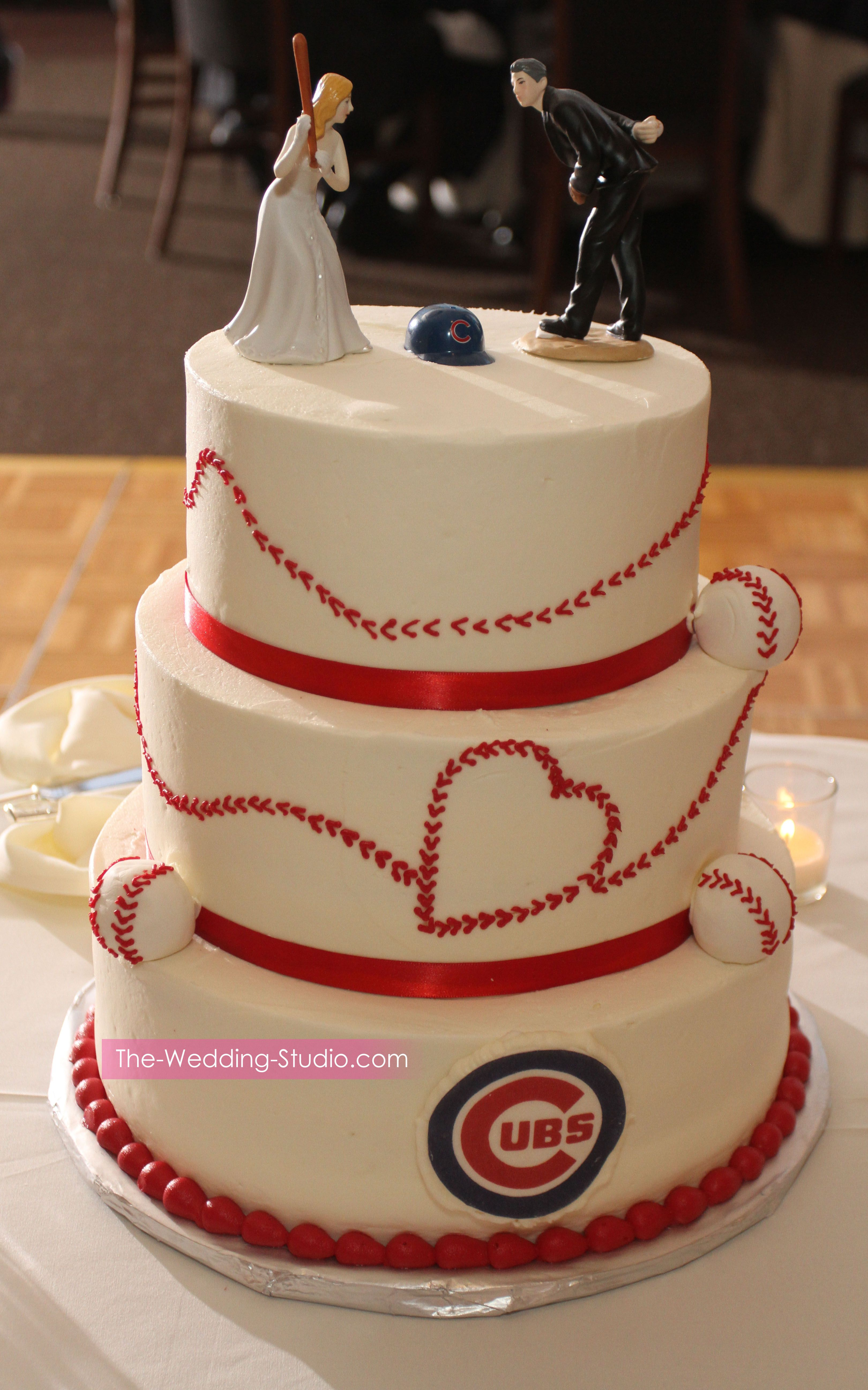 wedding cakes in chicago illinois chicago cub s themed wedding cake photographed by the 24602