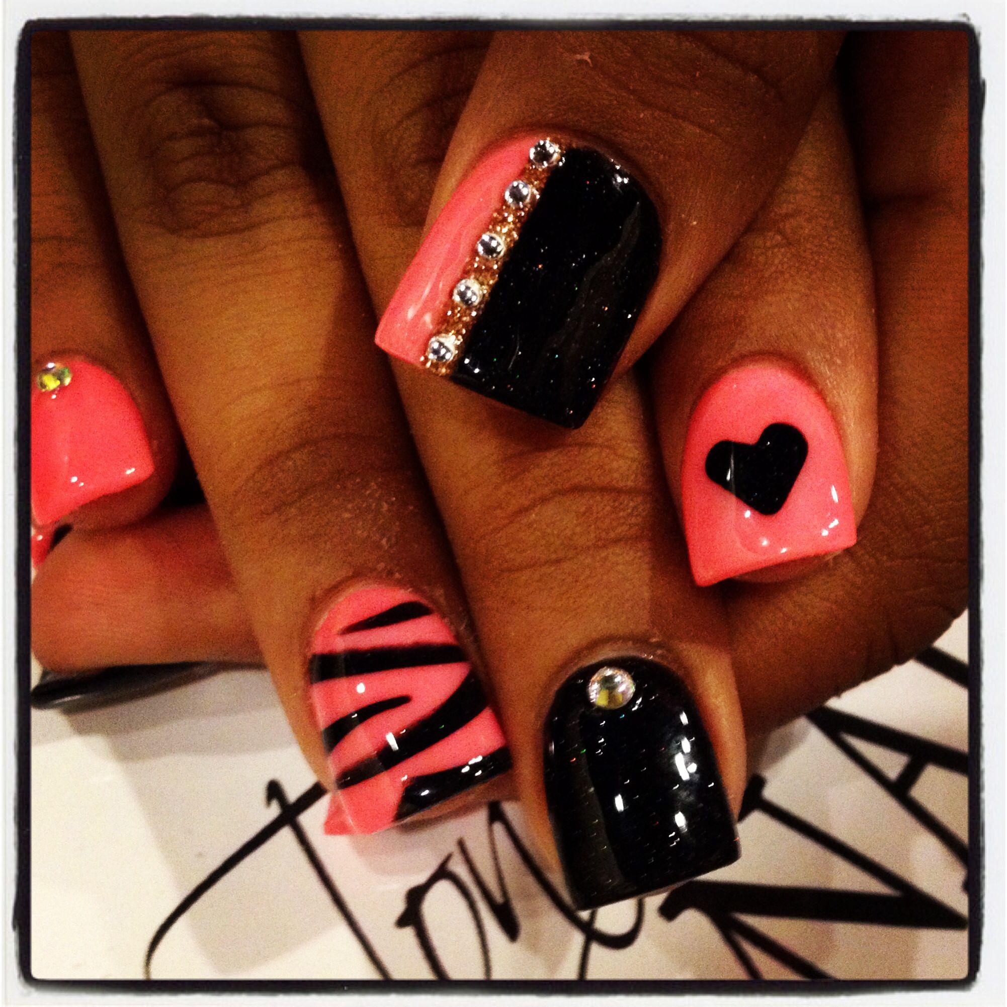 Tonys-nails.com