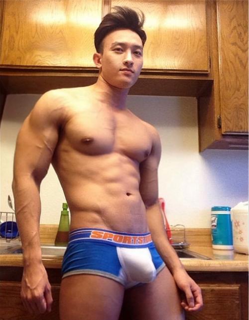 hot male models peniss