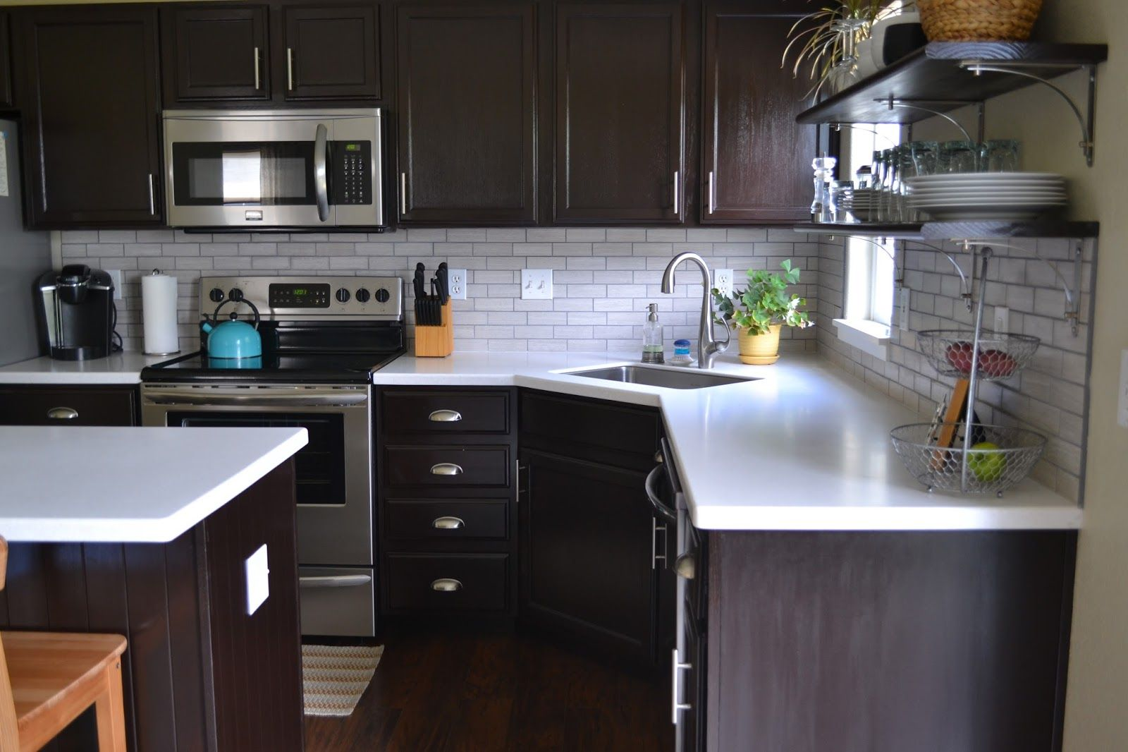 Magenta And Lime: Solid Surface Countertop Review: 6 Months LG Hi Macs  Countertop