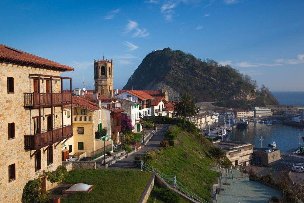 Getaria guip zcoa pueblos con encanto pinterest espa a pa s vasco y vasca - Casas rurales con encanto pais vasco ...