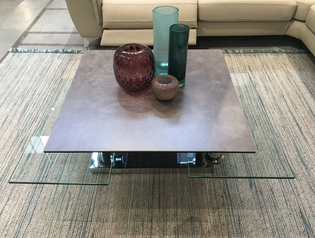 Table basse square avec plateaux extensibles en c ramique et verre extra clair marbre et - Table salon dessus ceramique ...