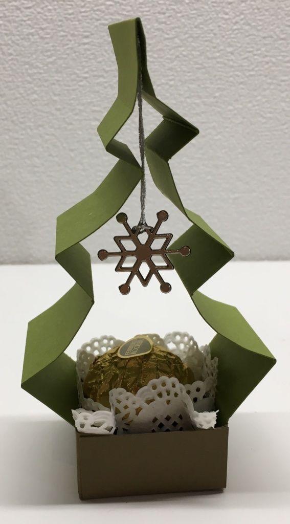 weihnachtsbaum goodie mit anleitung kreativ. Black Bedroom Furniture Sets. Home Design Ideas