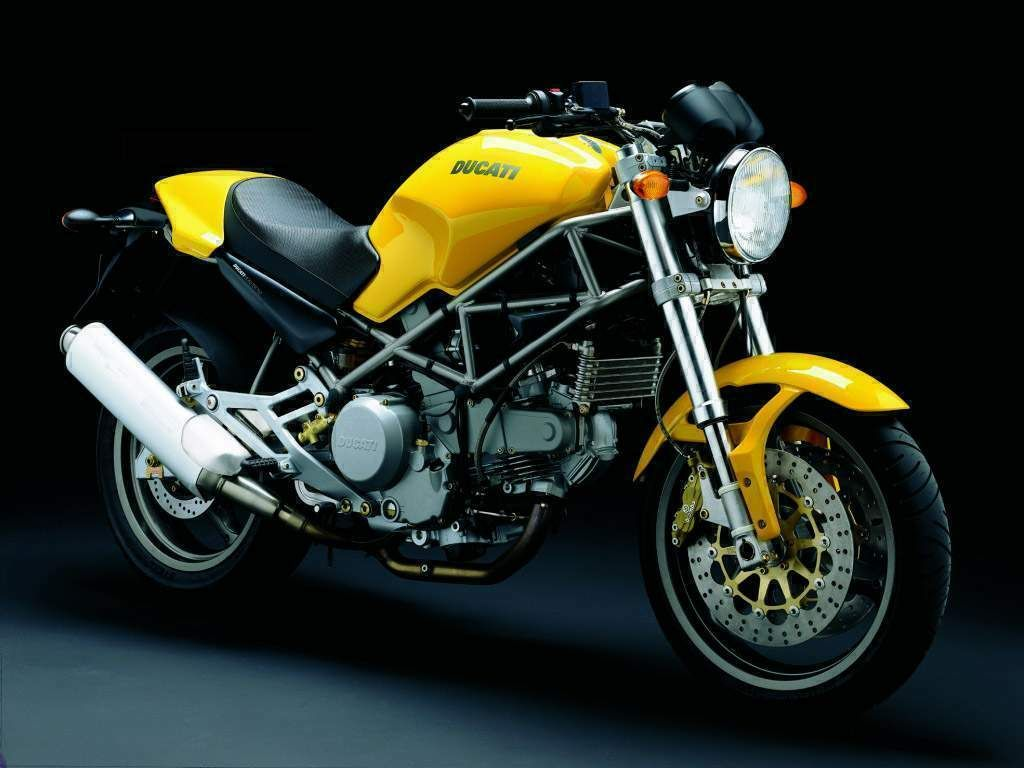 This was my first real bike, a canary yellow Ducati M600 | Monster