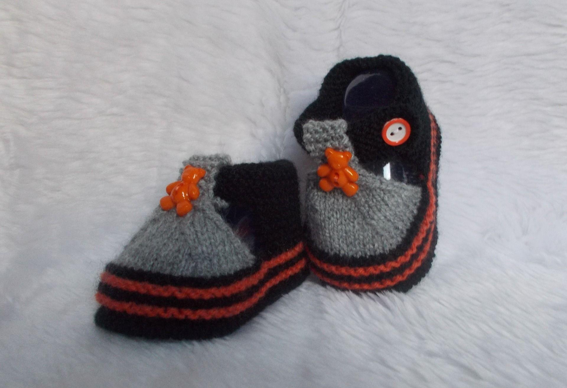 f150a145debb1 chaussons bébé nounours 0   3 mois noir orange tricotés main laine layette    Mode Bébé par tricotine-creation