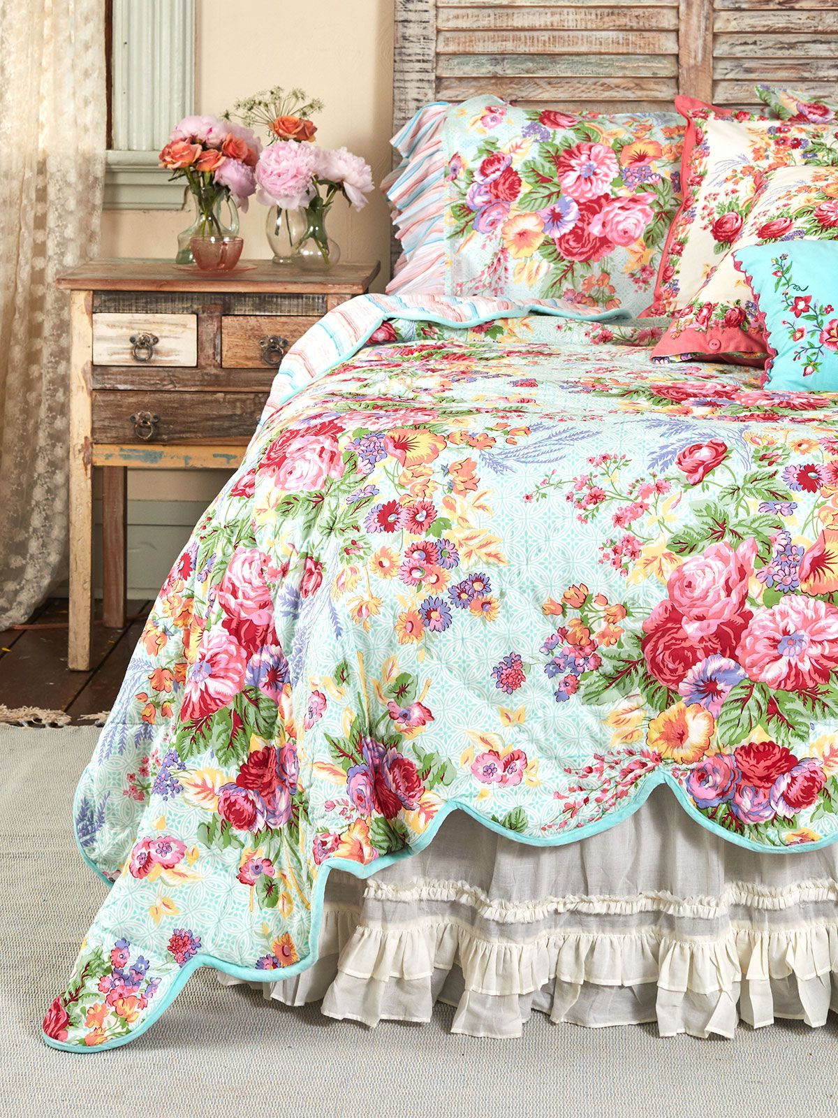 Victorian Rose Quilt Your Home Bedding Beautiful Designs By