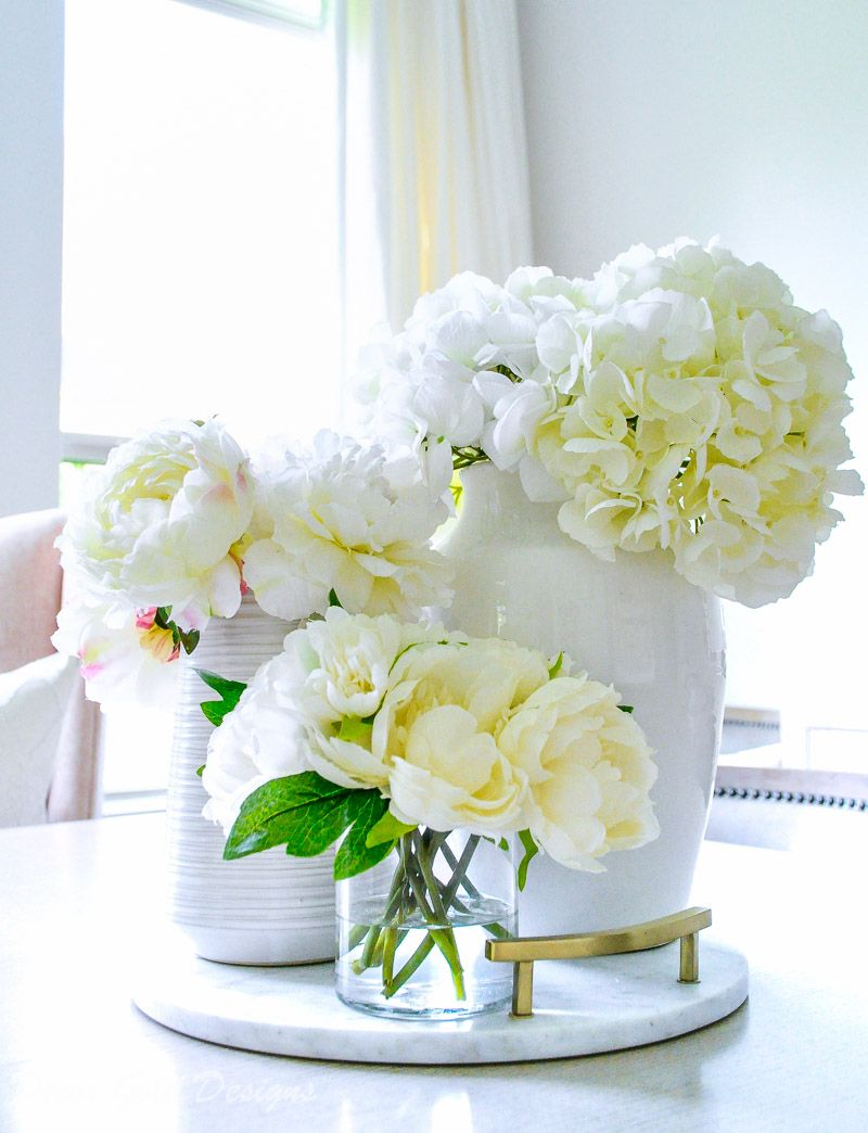 5 Tricks To Make Faux Flowers Look Real Decor Gold Designs Faux Flowers Decor Faux Flowers Kitchen Flower Arrangements