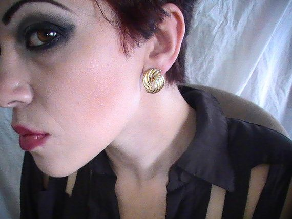 Gold Spirl Earrings by ViaLaBoutique on Etsy, $12.00