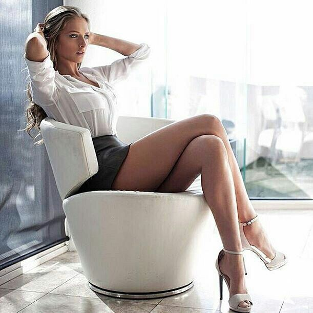 Office babes sexy, polynesian men naked showers