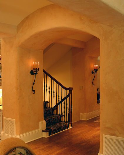 Google Image Result for http://st.houzz.com/fimages/94124_1000-w422-h528-b0-p0--traditional-staircase.jpg