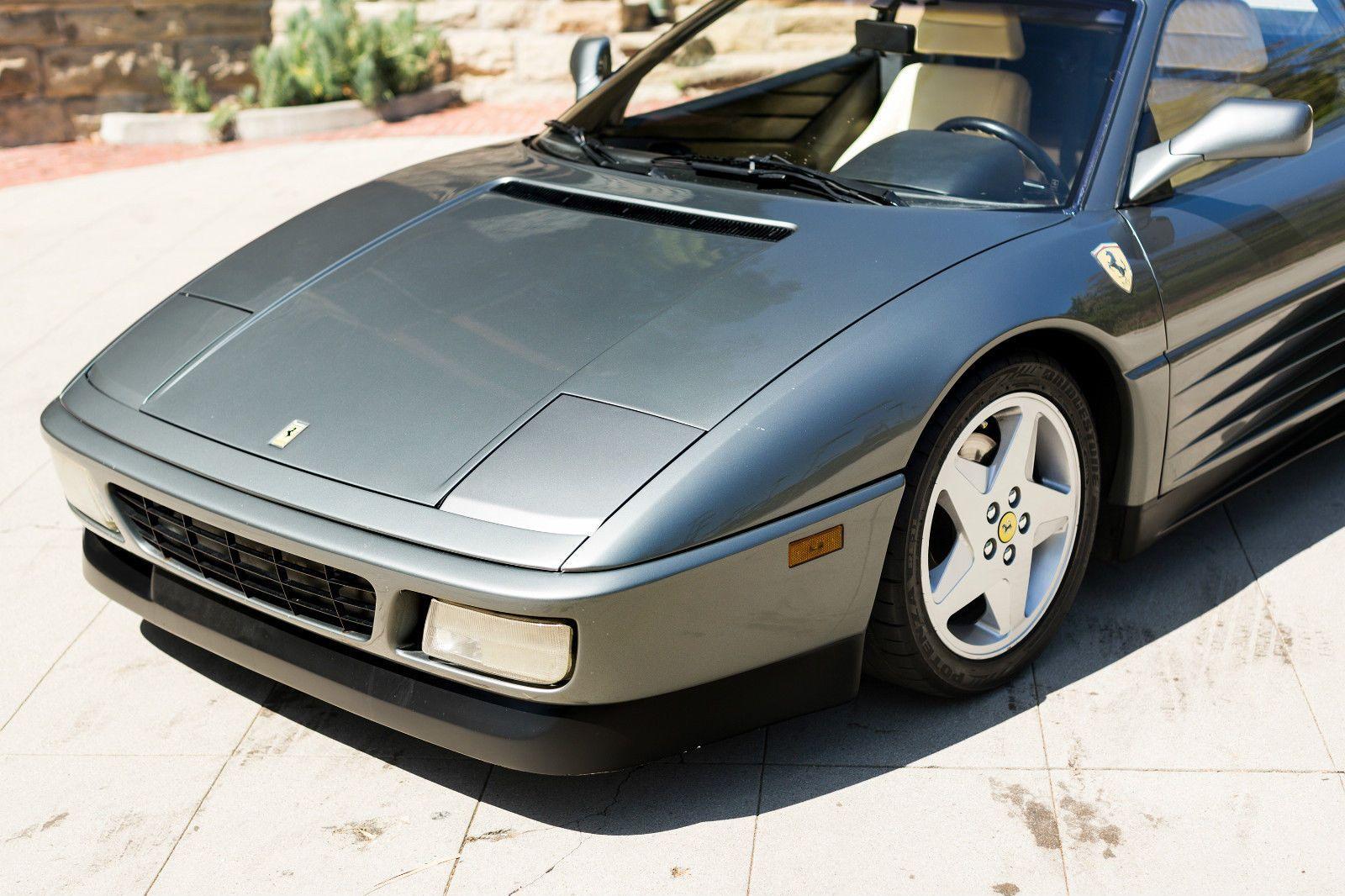 1990 ferrari 348 tb in grigio