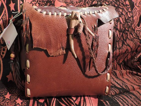 Hand Made Leather Art Bag camera bag Burning par RoundOakLeather