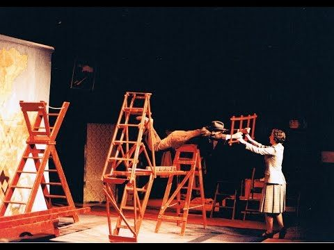 The ORIGINAL 39 Steps Stage Prouction 1996 - The Forth Bridge - YouTube